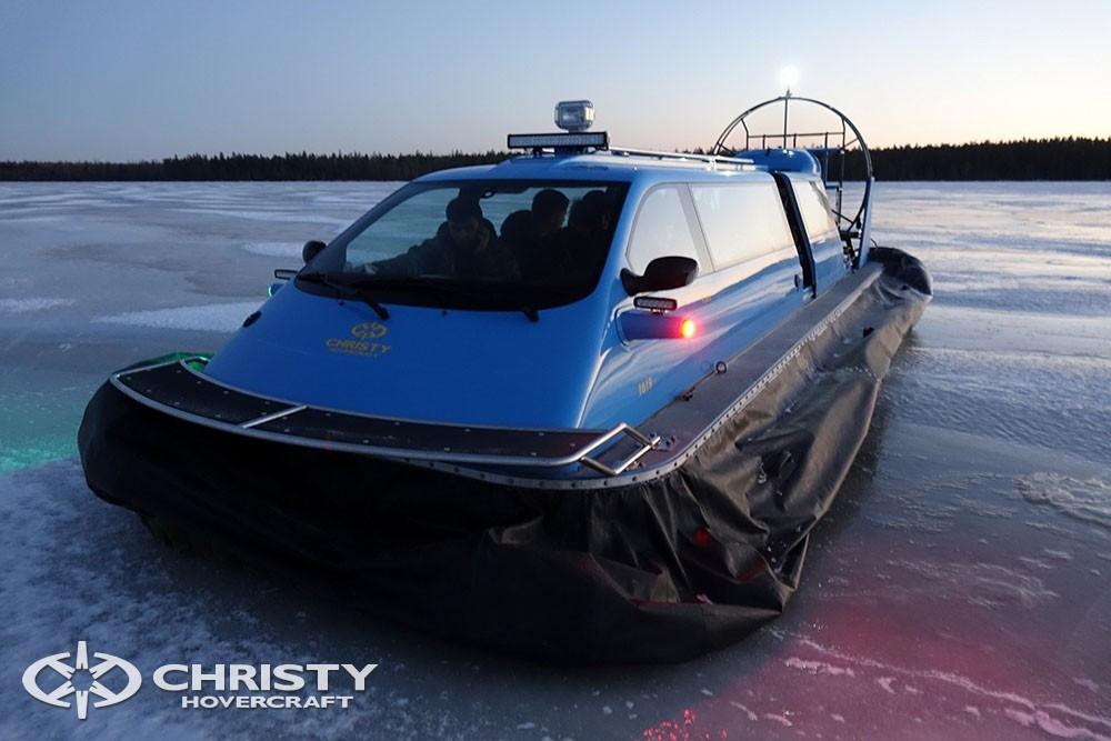 Вездеход Christy 9205 - транспортное средство на воздушной подушке для транспортировки пассажиров в труднодоступные районы | фото №3