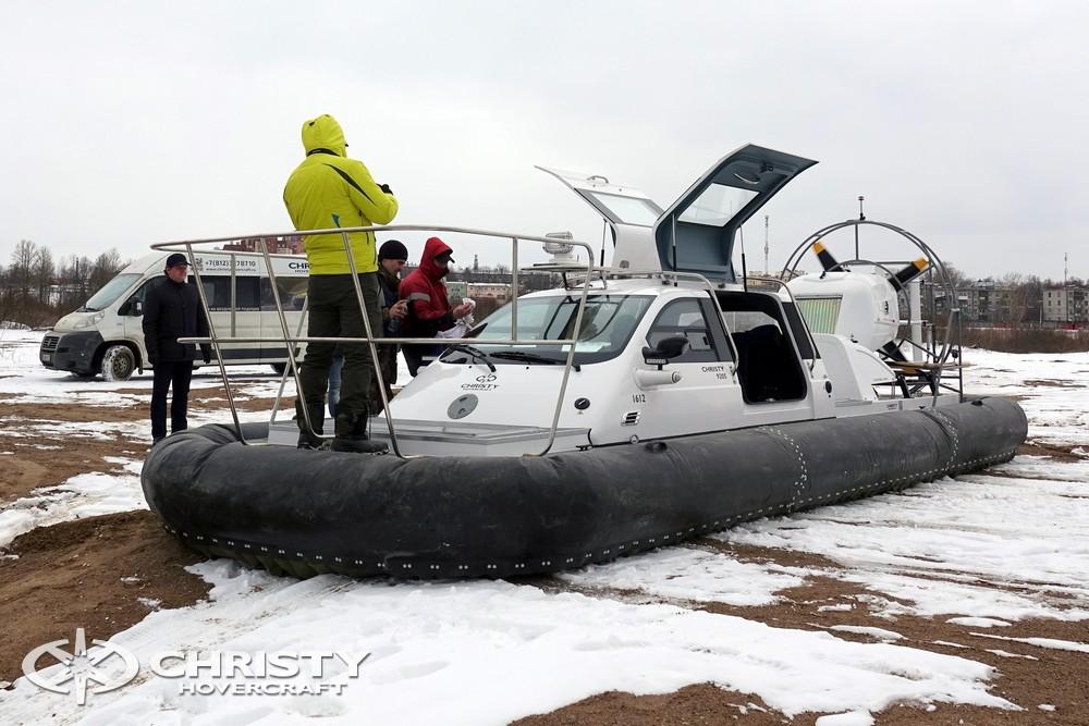 Амфибия на воздушной подушке Christy 9205 FC Fishing Edition разработана и изготовлена по специальному заказу рыбаков из Южно-Сахалинска | фото №5