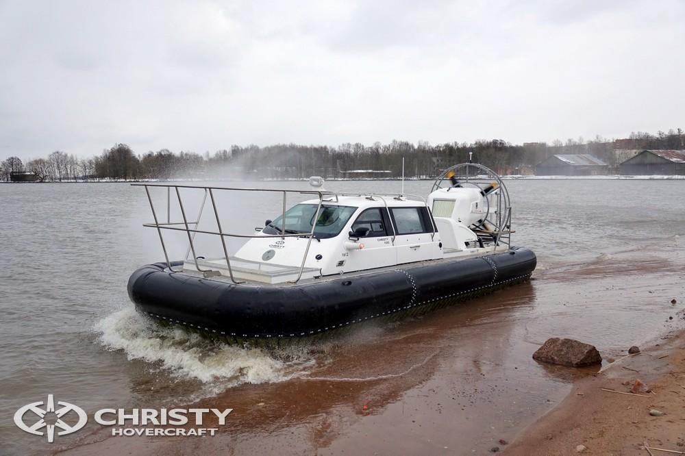 В этот день судно впервые покинуло территорию производства и было доставлено в город Ломоносов | фото №30