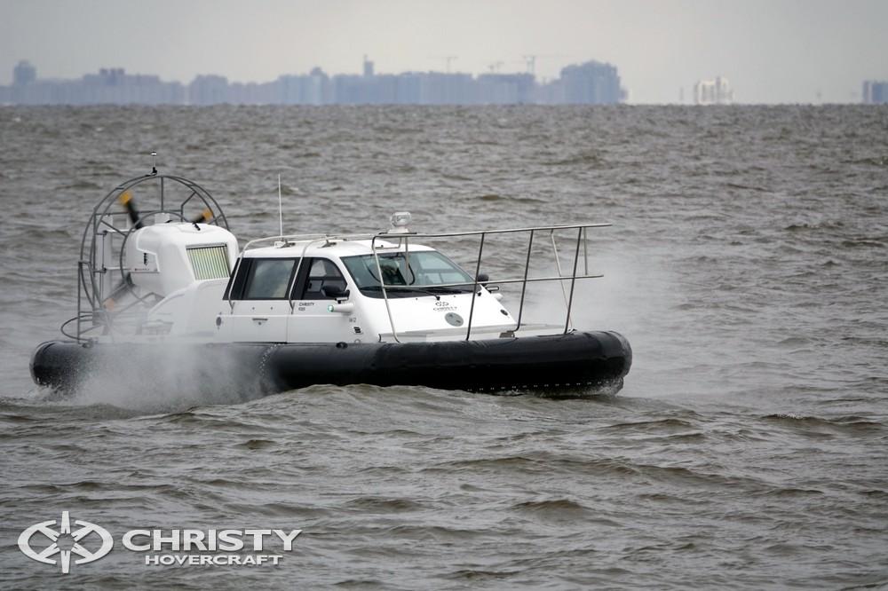 Обучение вождению судна на воздушной подушке Christy 9205 Fishing Edition