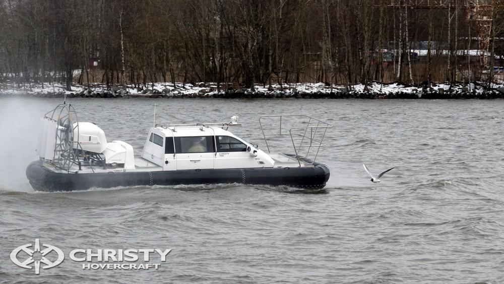 Christy-9205-fishing-edition активно используется для всесезонной перевозки пассажиров в места, до которых не добраться другим транспортом | фото №11
