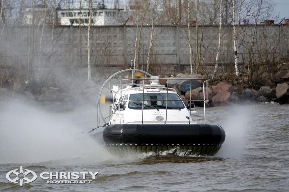 Воздушная подушка Сhristy-9205-fishing-edition развивает скорость 70 км / ч | фото №23