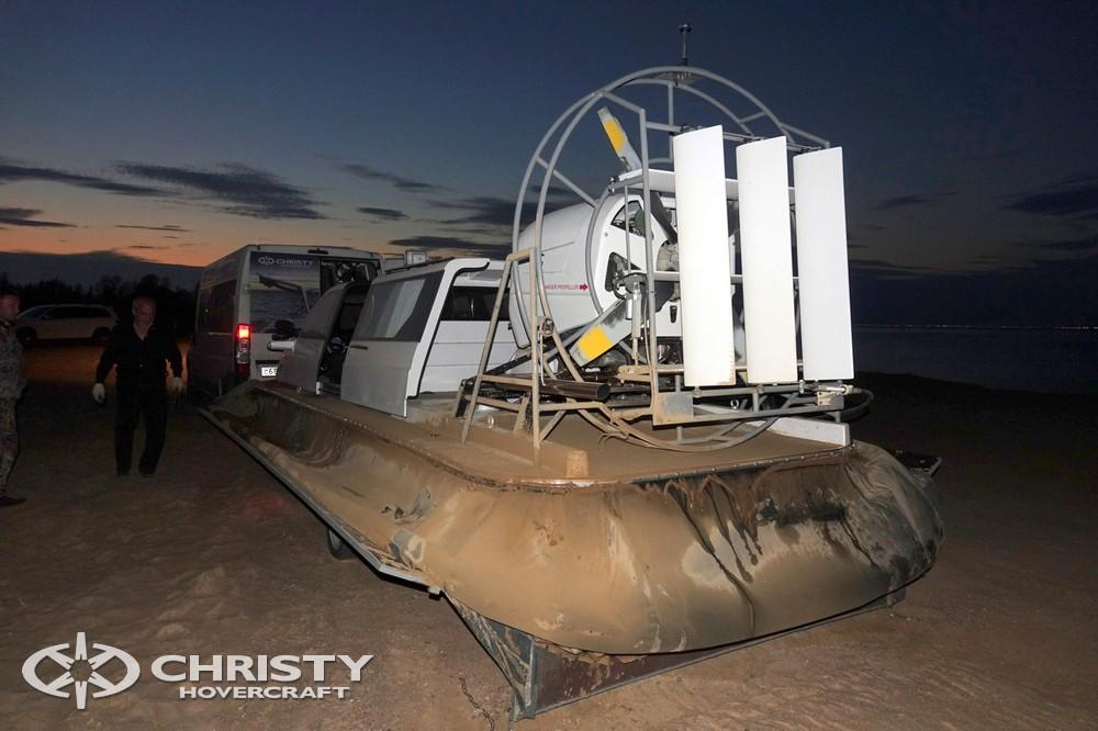 Катер-амфибия на воздушной подушке Christy 7186 является улучшенной версией хорошо зарекомендовавшей себя линейки судов Christy 6183, Christy 6199. | фото №21