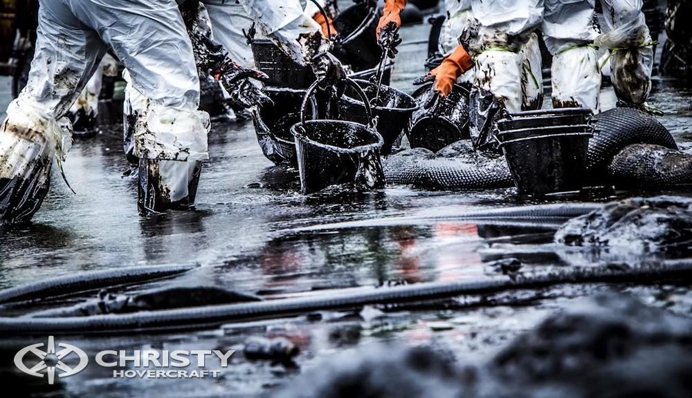 Катер на воздушной подушке Christy-9205 Cargo - Высокоэффективные и экономичные решения для ликвидации нефтяных загрязнений, которые успешно применяются на практике | фото №6