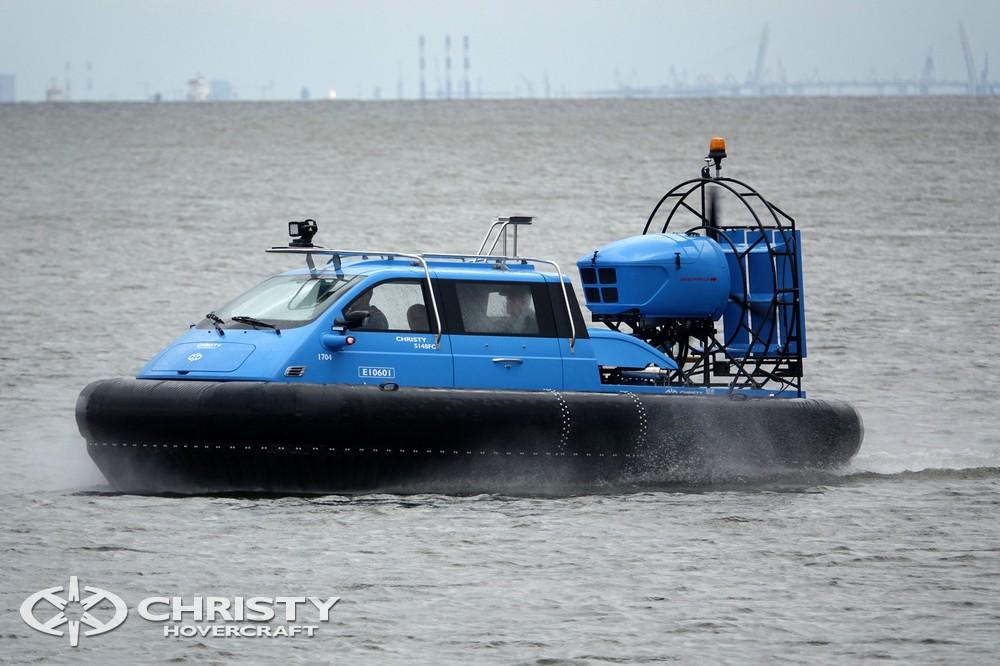 Катер на воздушной подушке Christy-5148 оснащен более мощным нагнетательным двигателем | фото №10