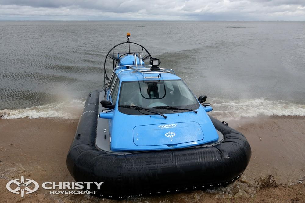Катер на воздушной подушке Christy-5148 устойчив на поворотах | фото №13