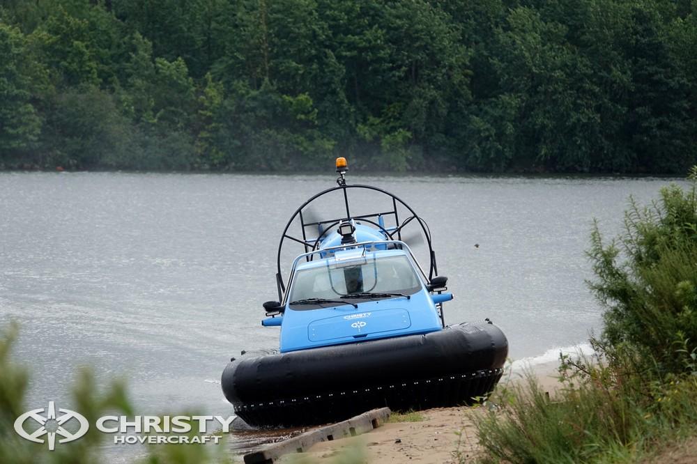 Судно на воздушной подушке Christy-5148 успешно преодолевает мелководья | фото №14