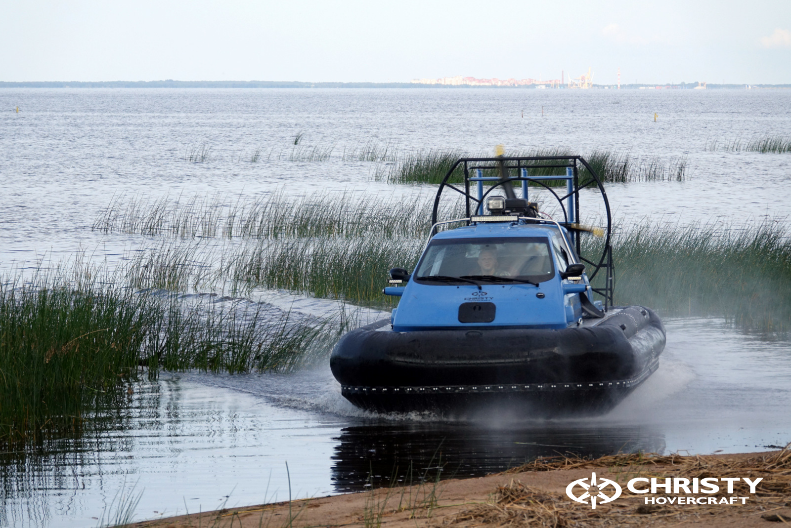 Test drive of the Christy 463 PC hovercraft in the water area of the Gulf of Finland