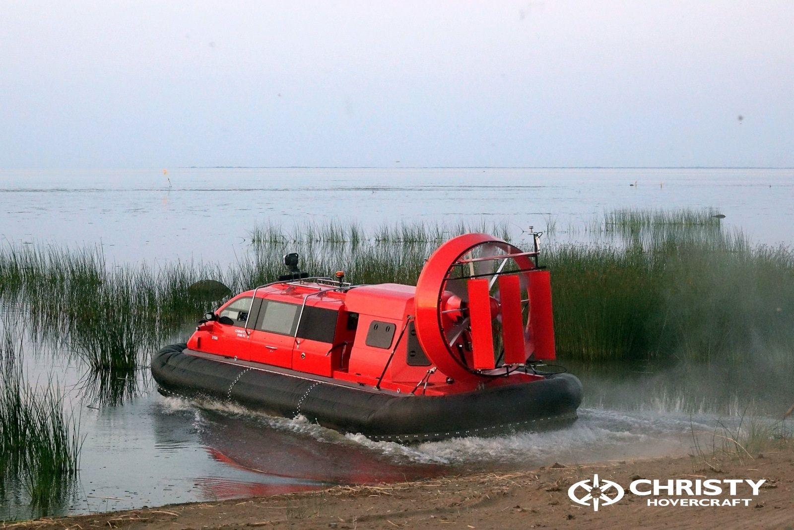 Тест-драйв катера-амфибии Christy 8186 FC Duct для правительства Канады   фото №2