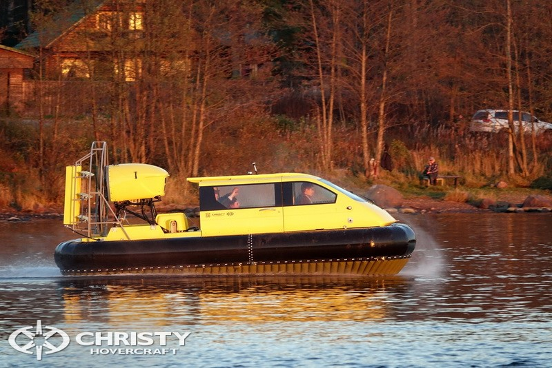 Christy-Hovercraft-5143-55.jpg | фото №2
