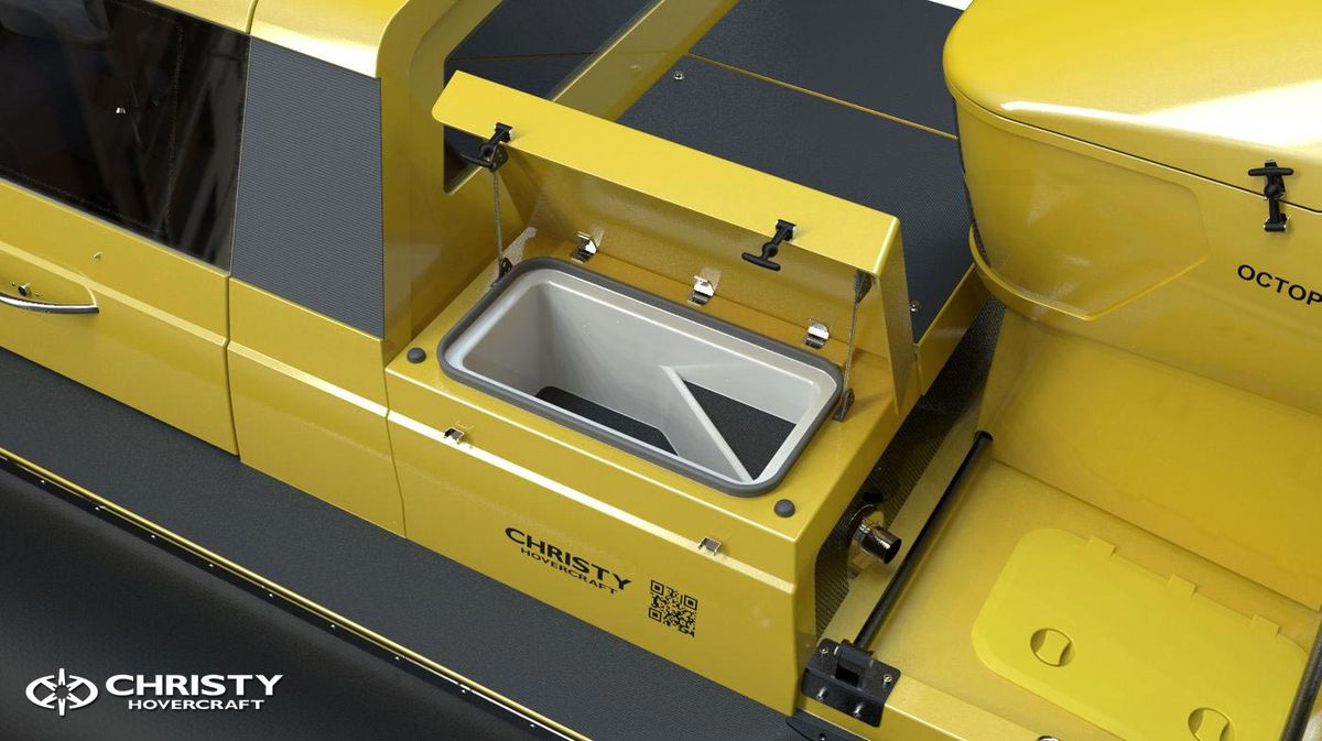 амфибия на воздушной подушке Christy 6146 FC DeLuxe. Фото обзор тест-драйва. Вид кабины | фото №10