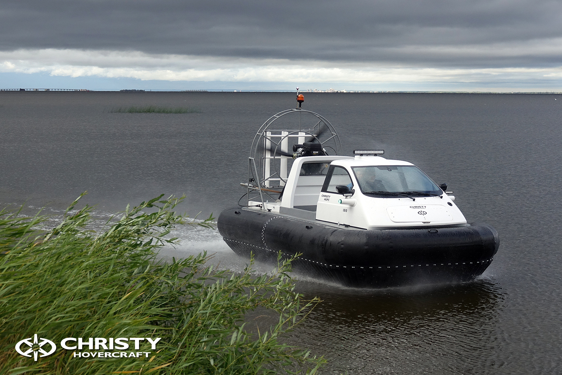 Hovercraft Christy 463 PC in Storm 290618 17.jpg | фото №15