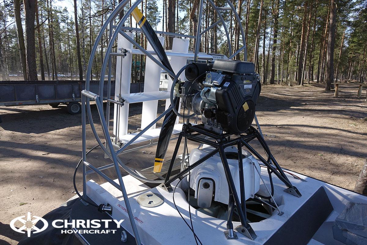 hovercraft-christy-555-46.jpg | фото №39