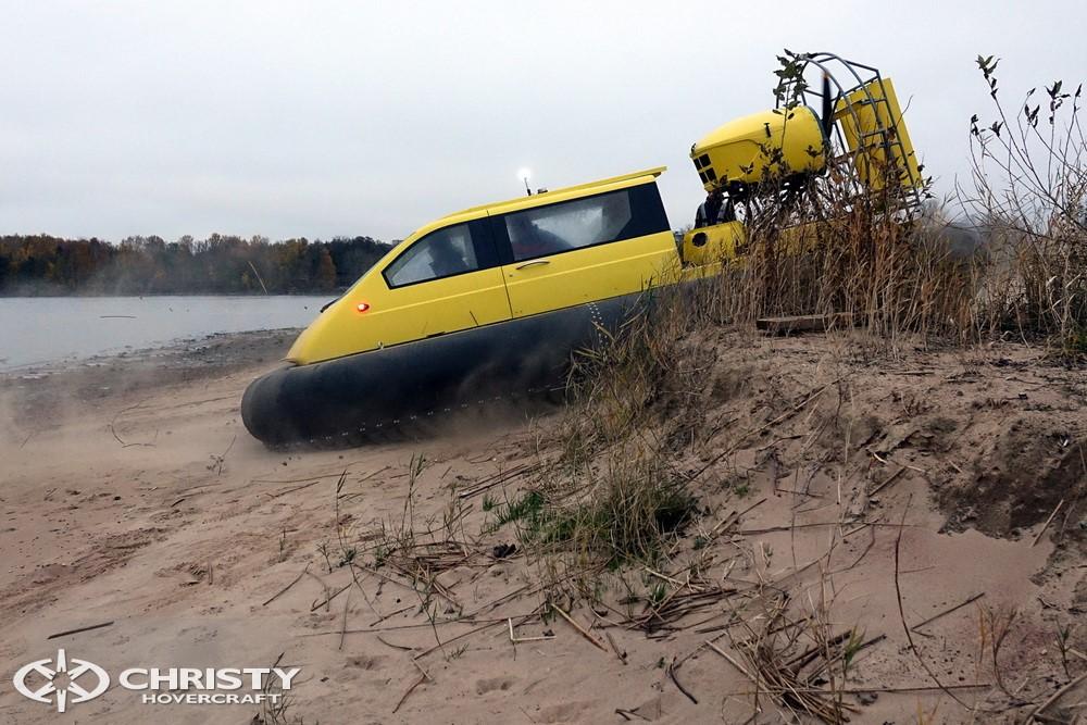 christy-hovercraft-5143-16.jpg   фото №16