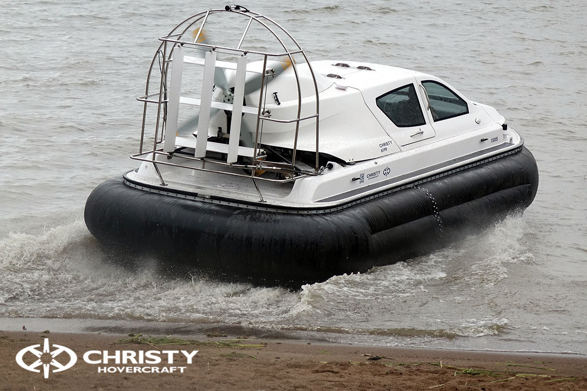испытание судна на воздушной подушке Christy 6199 | фото №1
