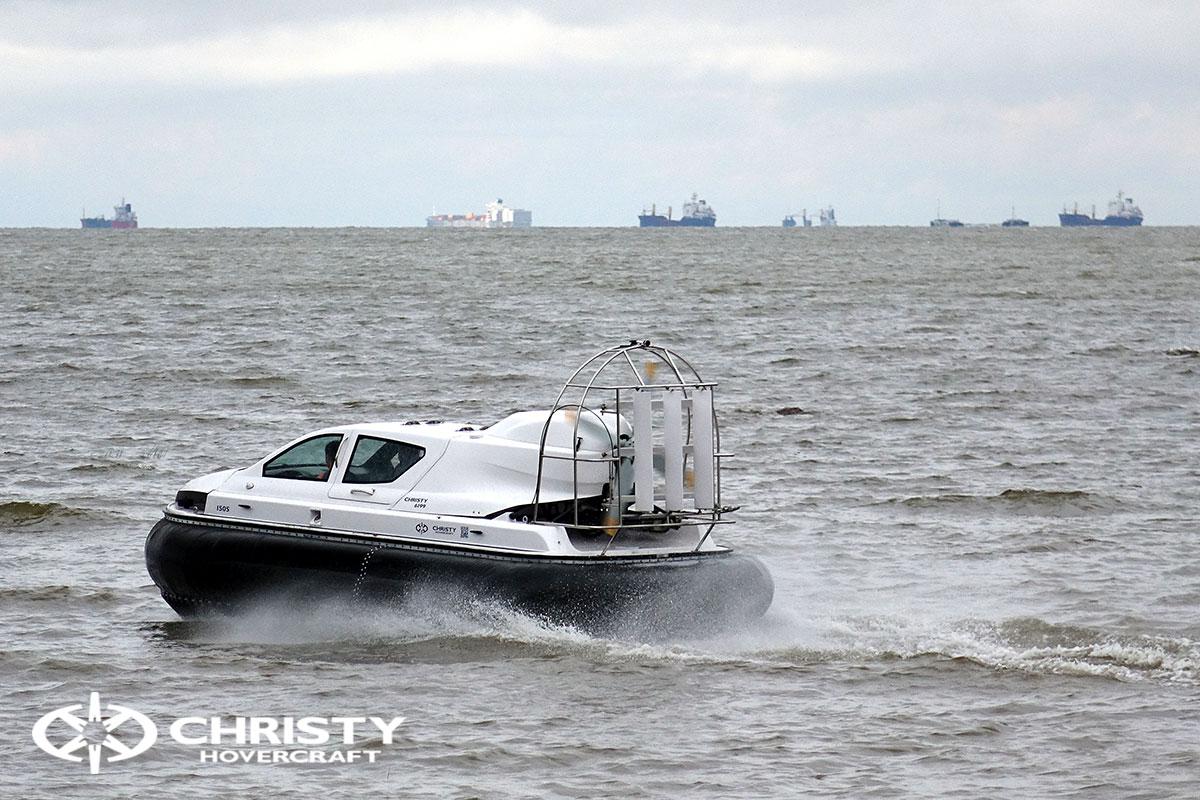 испытание судна на воздушной подушке Christy 6199 | фото №4