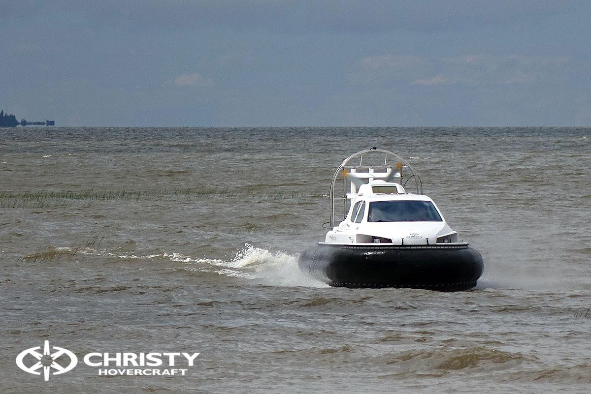 Тест-драйв судна-амфибии на воздушной подушке Christy 6199 | фото №12