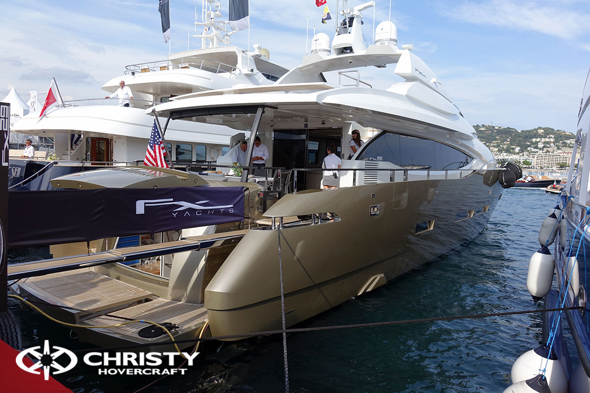 Yachting Festival Cannes FX Yachts | фото №19