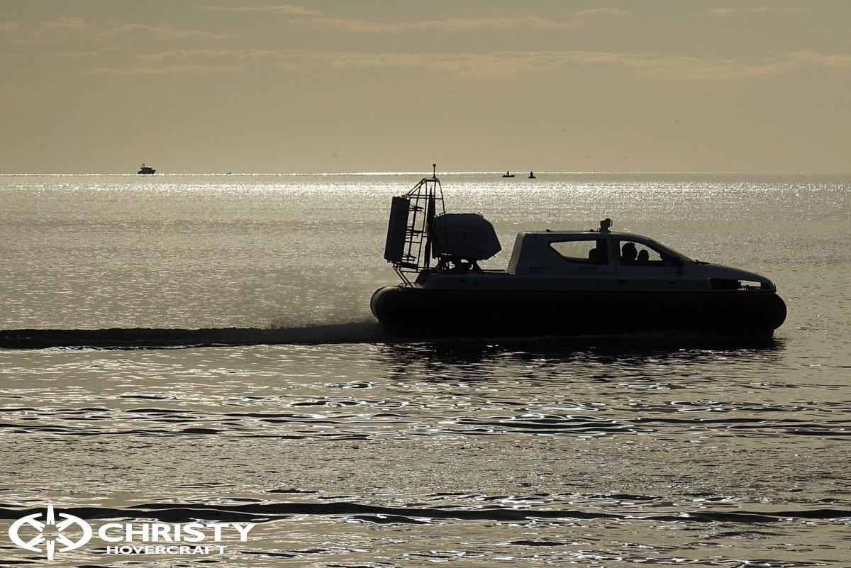 Обновленный катер на воздушной подушке Christy 6183 - Лучшие фото | фото №3