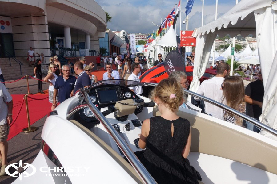 Yachting Festival Cannes | фото №11