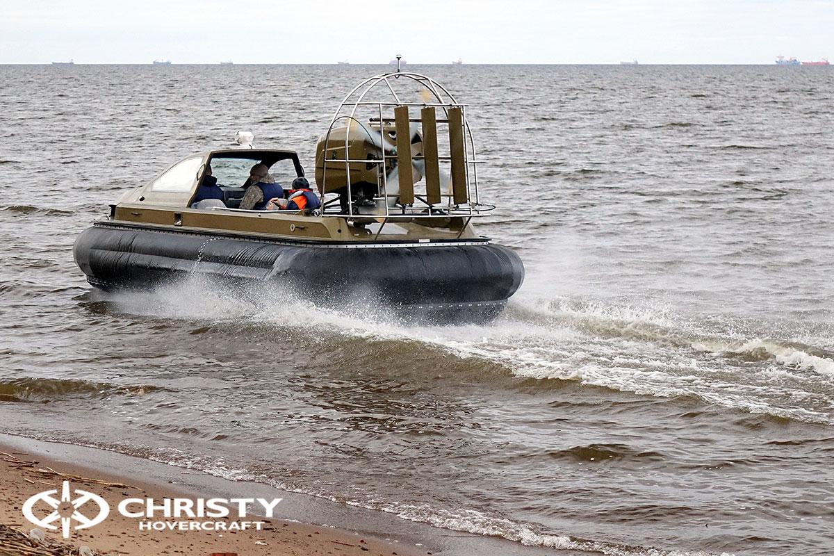 Технические испытания судна на воздушной подушке Christy 6183 Кабриолет | фото №5