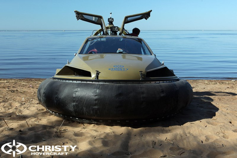 Катер на воздушной подушке Christy 6183 в различных вариантах цвета кузова | фото №7