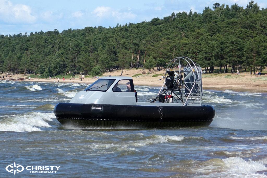 Экстремальное вождение судна на воздушной подушке | фото №1