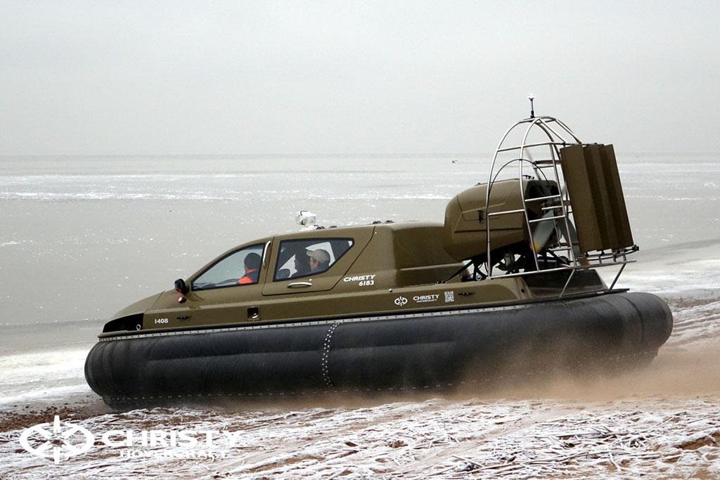 Обучение управлению судном Christy 6183 на льду | фото №2
