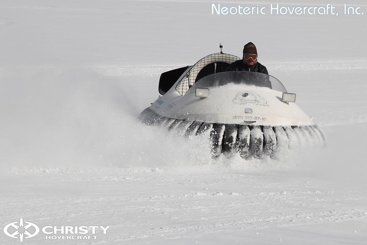 Катер на воздушной подушке Neoteric Hovertrek 455 (465) | фото №46