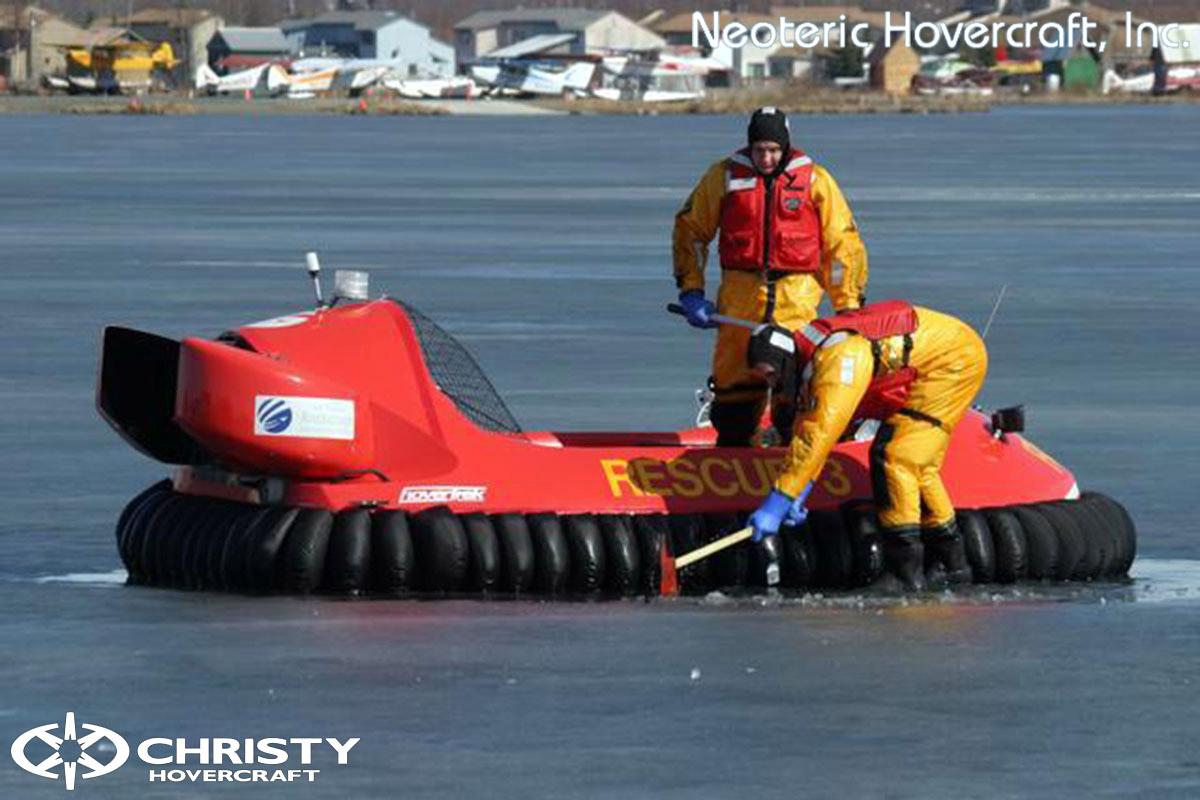 Спасательный катер на воздушной подушке Hovertrek 455 от Neoteric Hovercraft Inc | фото №8