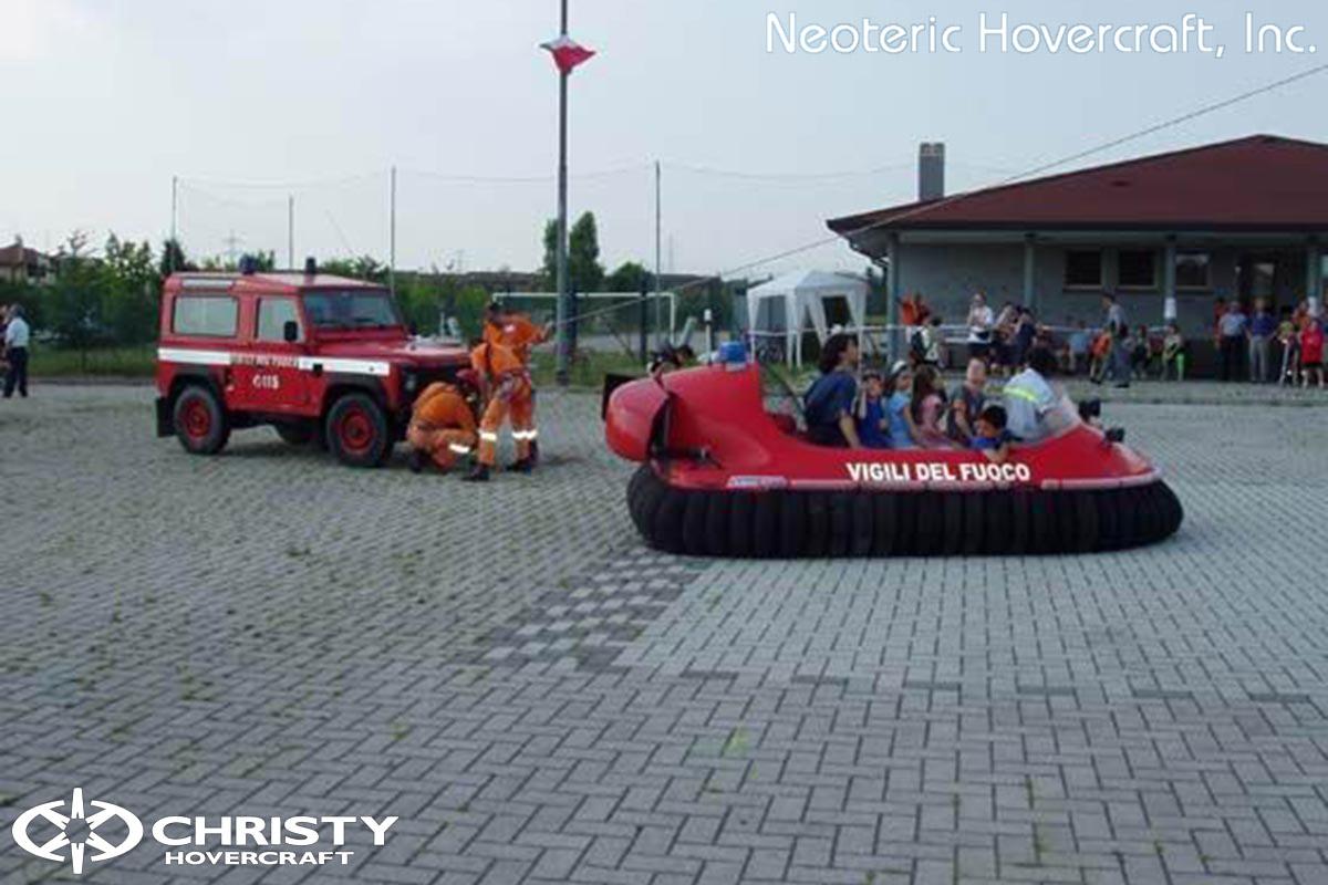 Спасательный катер на воздушной подушке Hovertrek 455 от Neoteric Hovercraft Inc | фото №22