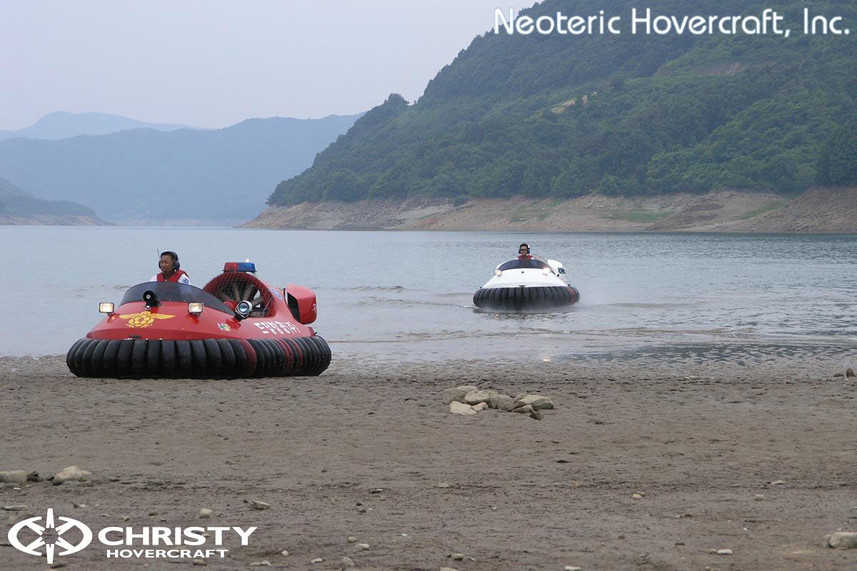 Спасательный катер на воздушной подушке Hovertrek 455 от Neoteric Hovercraft Inc | фото №10