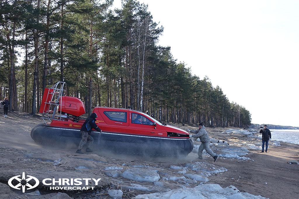 Тест-драйв СВП Christy Hovercraft в сложных погодных условиях | фото №5