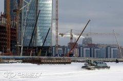 Катер-амфибия на воздушной подушке двигается вдоль небоскрёба, который станет самым высоким в России и Европе, на 88 метров превзойдя московский небоскрёб «Федерация» (ММДЦ Москва-Сити) | фото №18