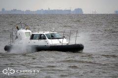 Корабль на воздушной подушке Christy-9205-fishing-edition прекрасно держится на воде | фото №4