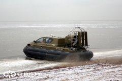 Обучение пилотов ChristyHovercraft вождению судна на воздушной подушке по тонкому льду | фото №3