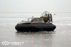 Обучение пилотов ChristyHovercraft вождению судна на воздушной подушке по тонкому льду | фото №5