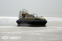 Обучение пилотов ChristyHovercraft вождению судна на воздушной подушке по тонкому льду | фото №20