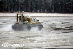 Обучение пилотов ChristyHovercraft вождению судна на воздушной подушке по тонкому льду | фото №37